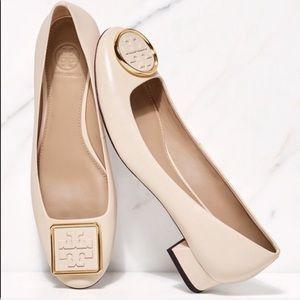 Tory Burch Twiggie leather low heel pumps cream